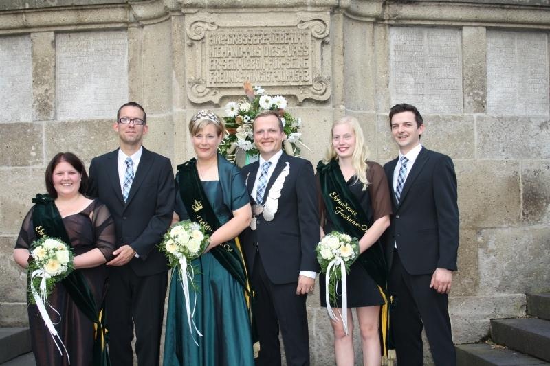von Links: Yvonne und Thorsten Keller, Britta und Thomas Kötterjohann, Marie Roeßmann und Markus Fraune